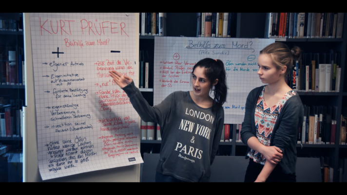 two girls on the flipchart